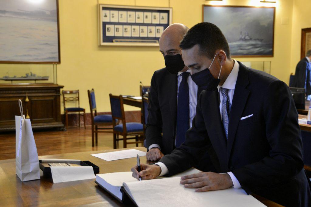 Il Direttore Generale di AID, Nicola LATORRE, incontra il Ministro degli Affari Esteri e della Cooperazione Internazionale, Luigi DI MAIO - 5