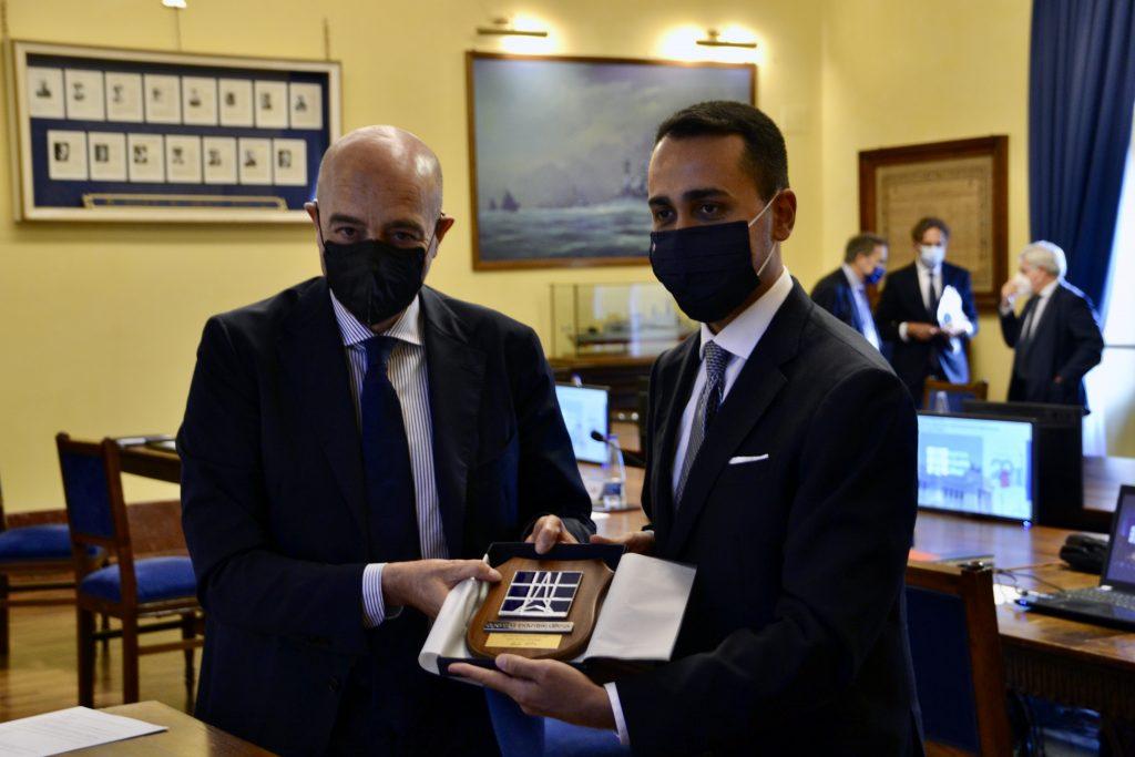 Il Direttore Generale di AID, Nicola LATORRE, incontra il Ministro degli Affari Esteri e della Cooperazione Internazionale, Luigi DI MAIO - 1