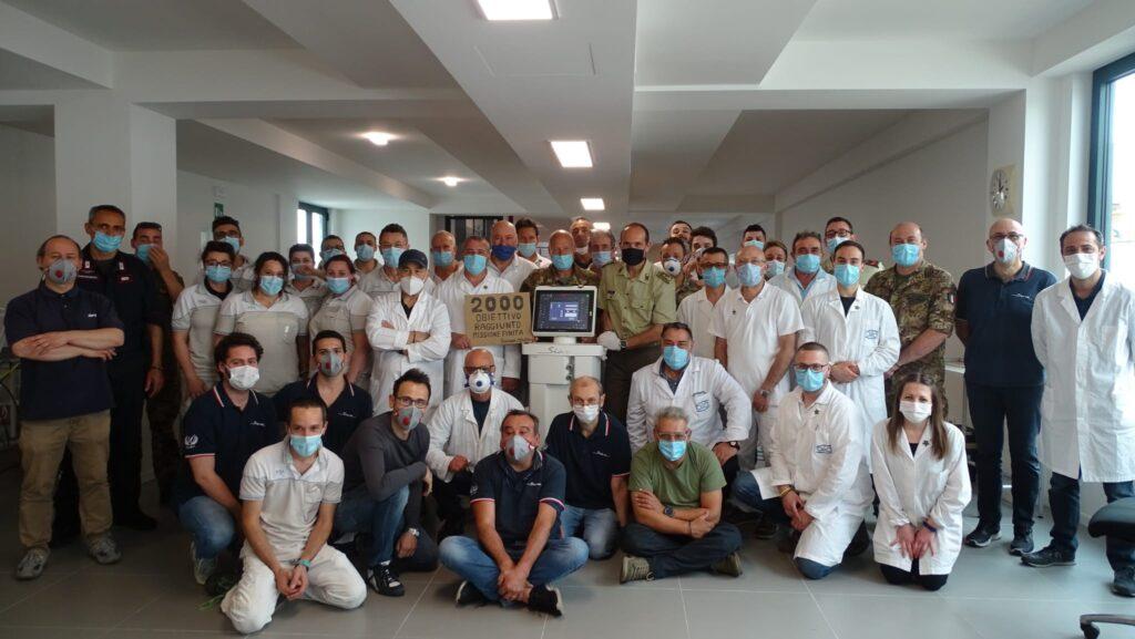 Covid-19, un anno fa la consegna di 2000 respiratori in tempi record - 1