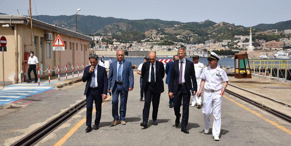 Il Direttore Generale di AID Nicola LATORRE visita l'Arsenale di Messina - 1