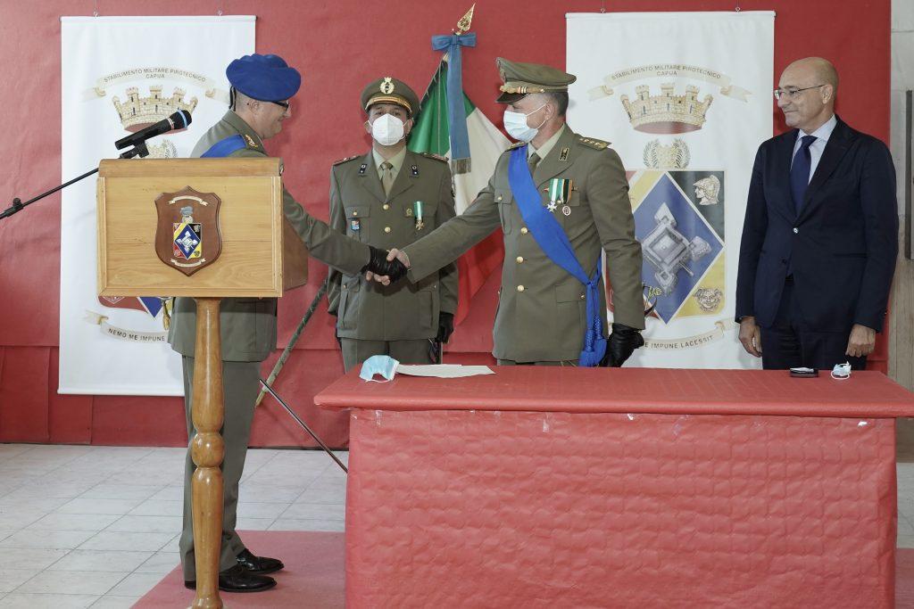 Cambio al vertice dello Stabilimento Militare Pirotecnico di Capua alla presenza del Direttore Generale AID Nicola LATORRE - 3